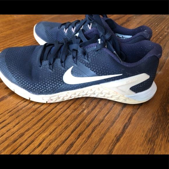 Nike Shoes | Nike Metcon 4 Size 75 Navy